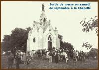 Sortie de messe à la chapelle